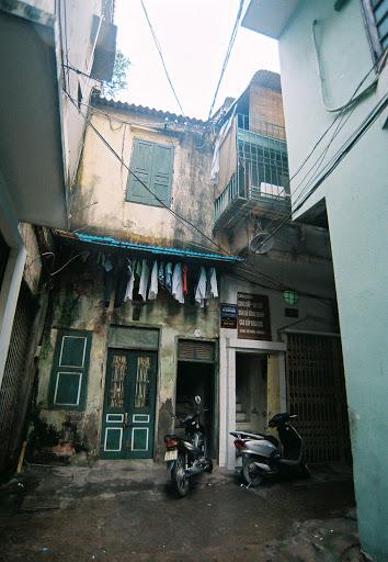 012.Phố Tạ Hiện, Hà Nội (8)