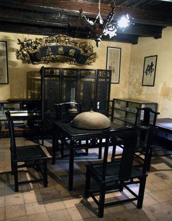 011.Phòng ăn của người Hà Nội xưa